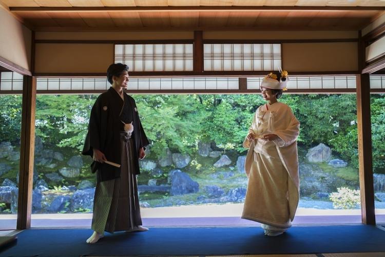 神社結婚式と仏前結婚式の違い